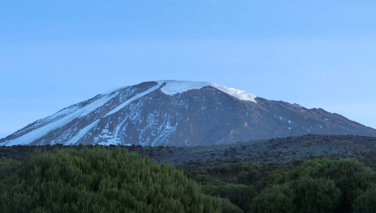 mount kilimanjaro snowcapped